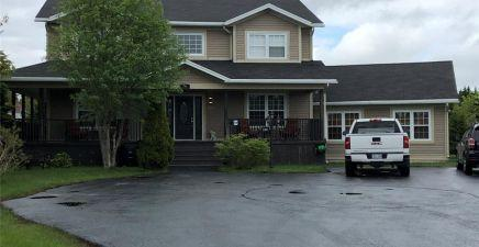 190 Groves Road, St. John`s 1215944