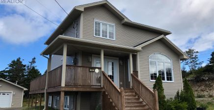 504 Main Road, Pouch Cove 1221185