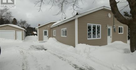 236 Middle Cove Road, Logy Bay - Outer Cove - Middle Cove 1226318