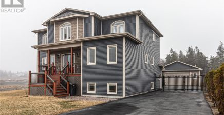 18 Harbourview Drive, Holyrood 1228756