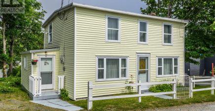139 Town Circle, Pouch Cove 1233045