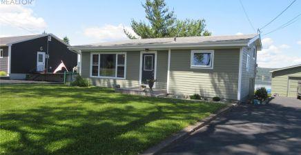192 Commonwealth Drive, Botwood 1233656