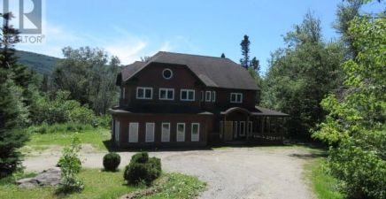2 Hillside Drive, Humber Valley Resort 1233762